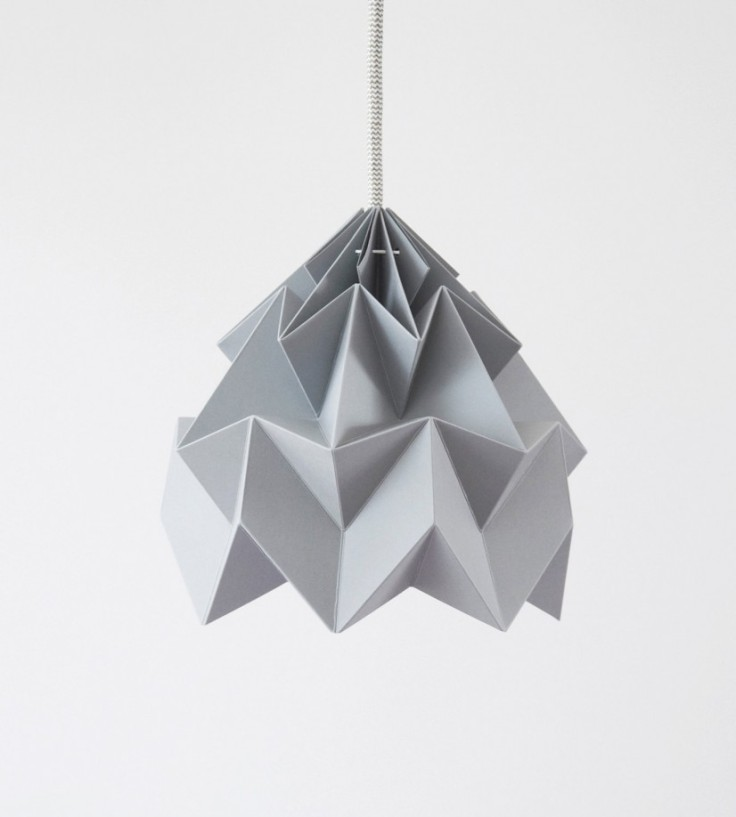 lantern-colored-white-contemporary-furniture-design-designers-designer-designs-cool-funky-make-process-of-japanese-origami-art-and-has-a-pointed-tip-lanterns-826x918