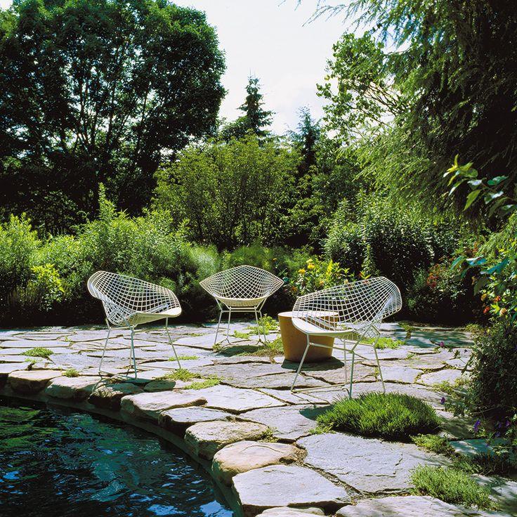 bertoia-diamond-chair-4