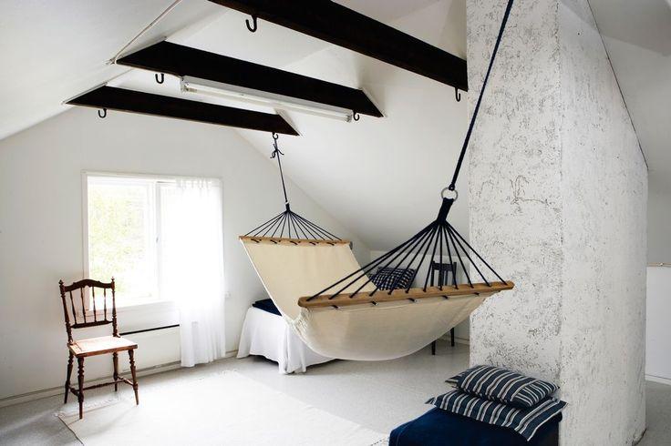 hammock-in-a-scandinavian-bedroom