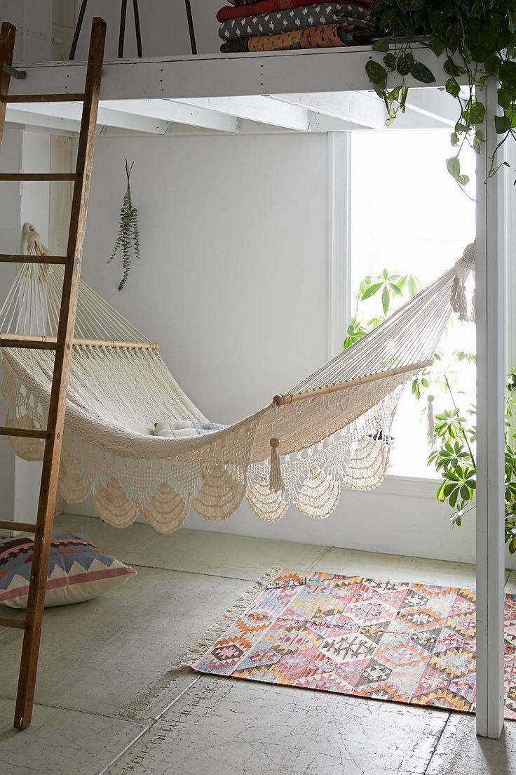 macrame-hammock-from-urban-outfitters