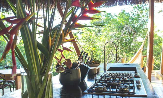 525624aeec28cmodern-vacation-rentals-brazil-interior-6