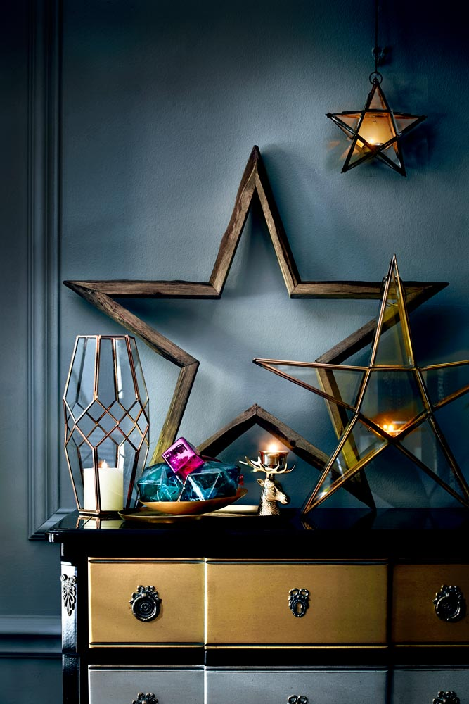 christmas-candles-and-stars-redonline