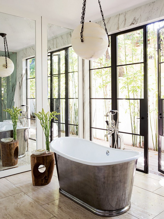 14-stunning-bathrooms-to-inspire-your-next-renovation-1691239-1457577452.640x0c