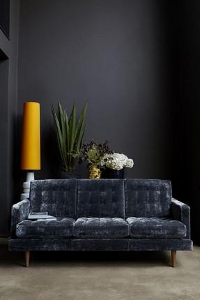 20-velvet-sofas-for-modern-living-rooms-17