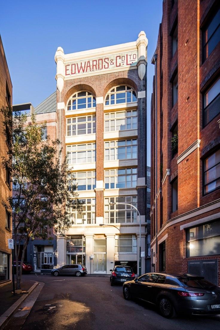 est-living-homes-surry-hills-apartment-5