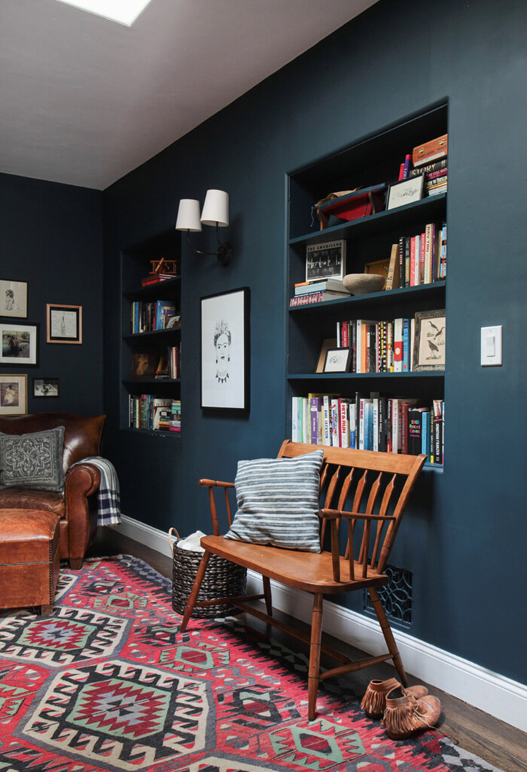 Emily-Henderson_Hague-Blue-Reading-Nook_Leather-Chair_Gallery-Wall_Bookshelves1