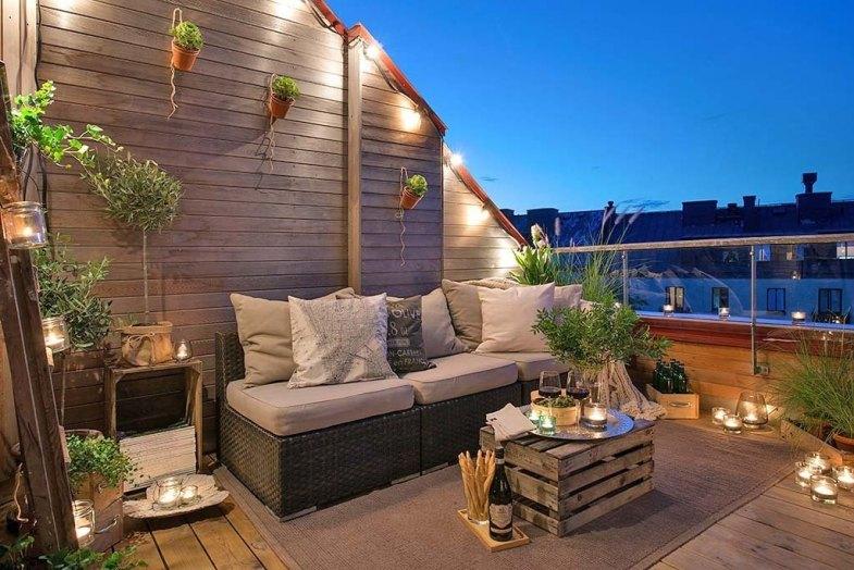 Fabulous-Spring-Balcony-Decor-Ideas-37-1-Kindesign