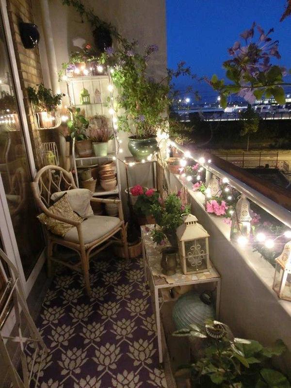 small-balcony-lighting-designs
