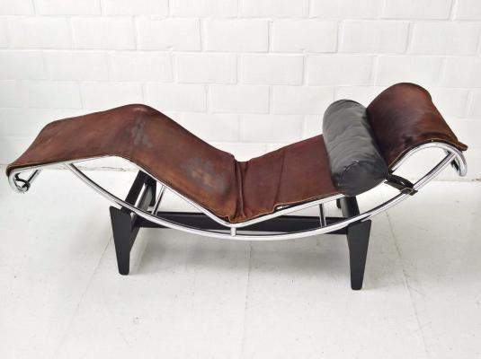 lc4-chaise-longue-by-le-corbusier-charlotte-perriand-pierre-jeanneret-for-cassina-1960s-1