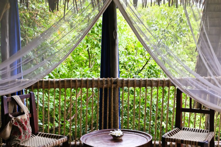 gallery-chole-mjini-lodge-view-from-bed