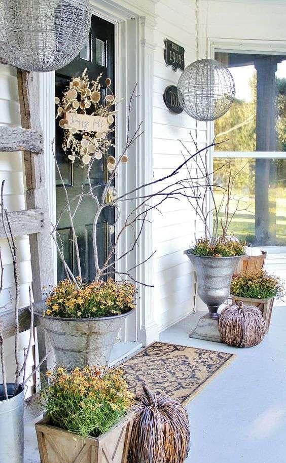 idee-per-decorare-il-balcone-in-autunno
