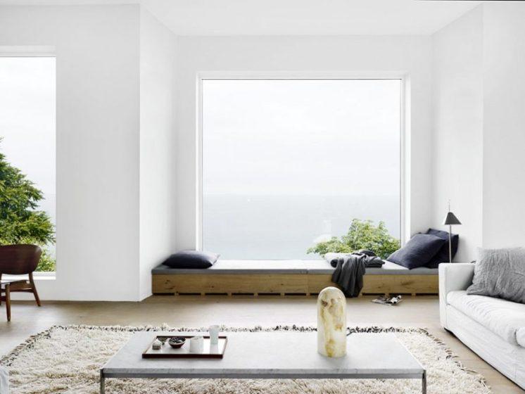 Wide-window-seat-900x675
