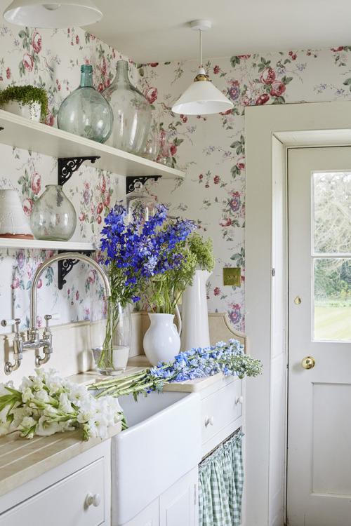 kitchen floral