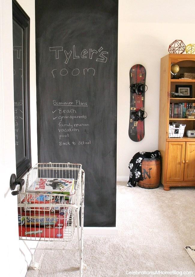 tween-boys-bedroom-decor-020-2