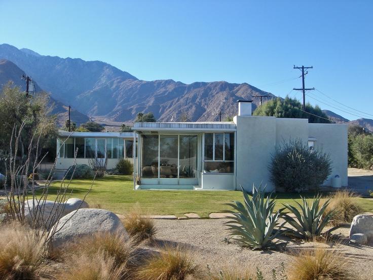 Miller_House,_Palm_Springs,_California