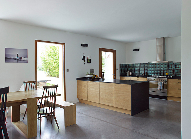 modern_vacation_rentals_brittany_france_013